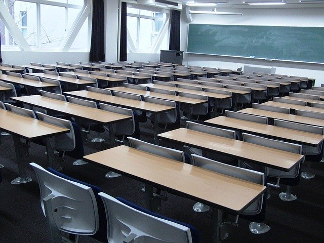 年間5000人。なぜ教員は心を病むのか